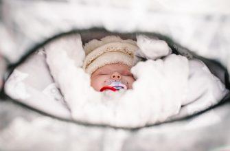 Что одеть новорожденному на прогулку зимой?
